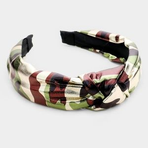 Stylish Camouflage Pattern Metallic Knot Headband